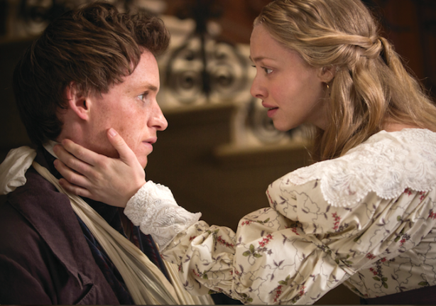 eddie-redmayne-amanda-seyfried-les-miserables