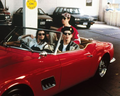 aa_1961_ferrari_spyder_ferris_buellers_day_off_garage