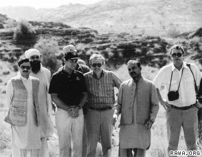 isi_and_cia_directors_in_mujahideen_camp1987