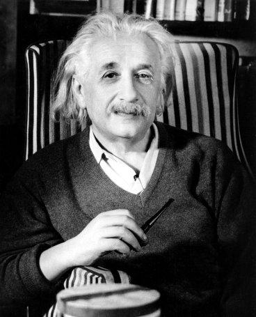 Albert-Einstein-albert-einstein-28258227-800-990