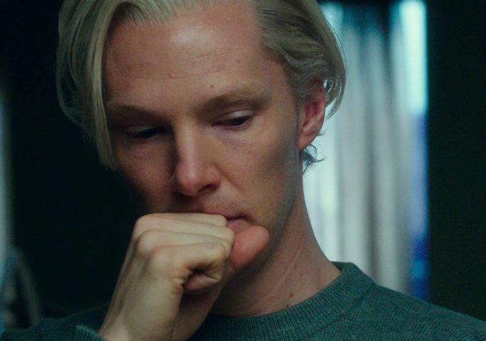 benedict-cumberbatch-plsying-julian-assange