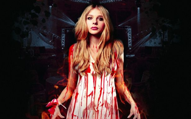 chloe-moretz-in-carrie-2013-movie
