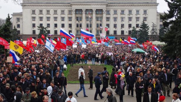 east-ukraine-rallies-referendum