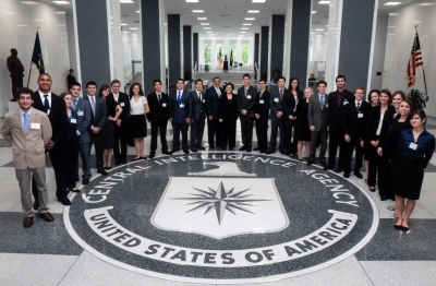 Panetta-Interns-Tour-CIA