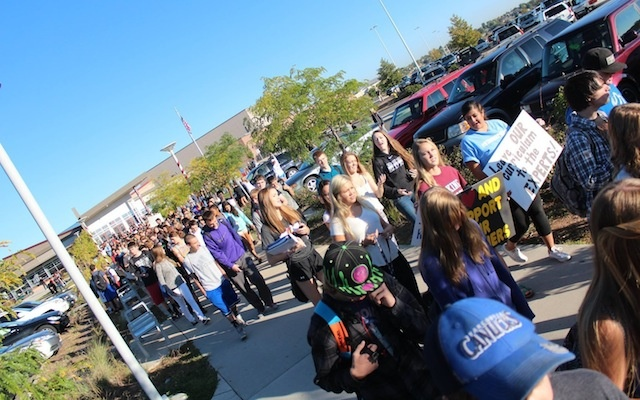 colorad-jeffco-protests-2