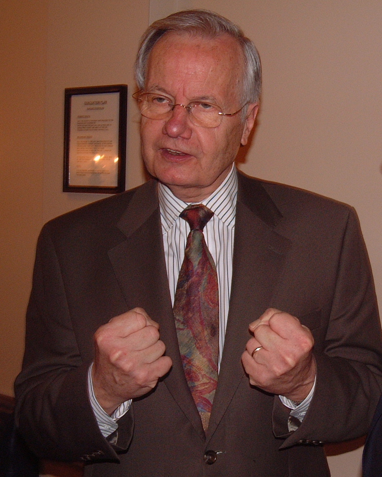 Bill_Moyers_24_May_2005