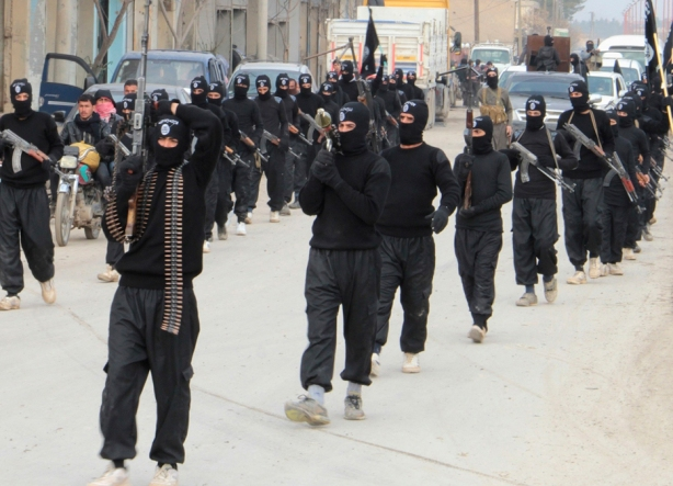 ISIS-Fighters-Parade-Mosul