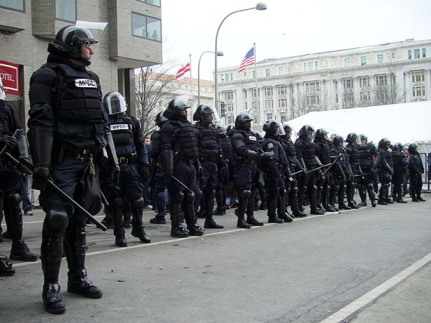 The-Police-State-Vs.-Occupy-Wall-Street-This-Is-Not-Going-To-End-Well-For-Any-Of-Us