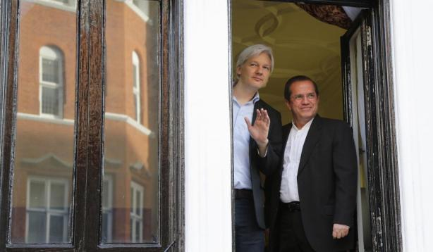 assange-embassy