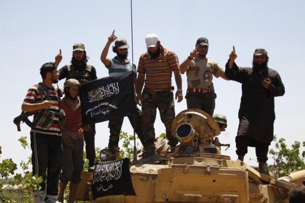 idlib-jabhat-al-nusra-tank