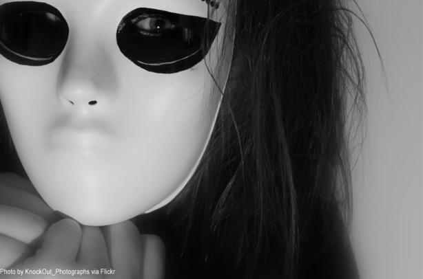 mask_by_knockout_photographs_crop-credit