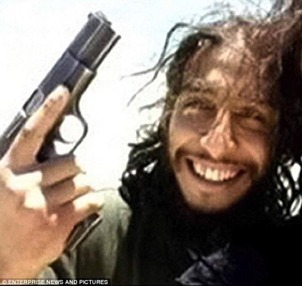 2E93EFDE00000578-3324971-Dead_Belgian_jihadist_Abdelhamid_Abaaoud_the_suspected_mastermin-m-98_1447940856479.jpg