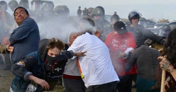 10272016-dapl-protest-900px