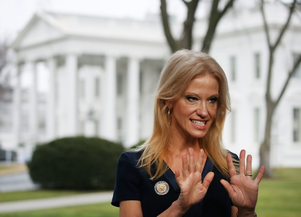 bal-twitter-users-mistake-baltimore-reporter-for-trump-s-counselor-kellyanne-conway-20170123.jpg
