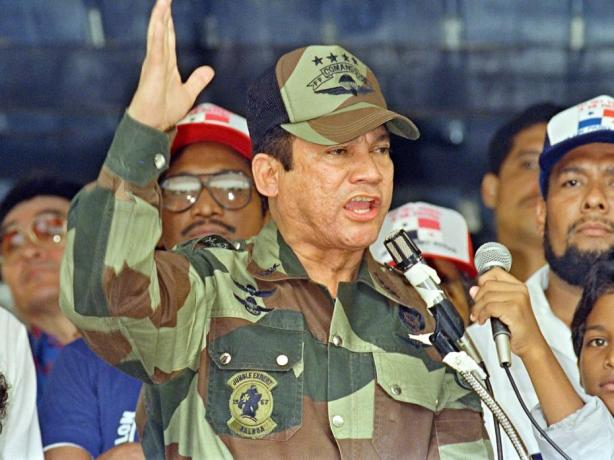 manuel-noriega-panama-papers