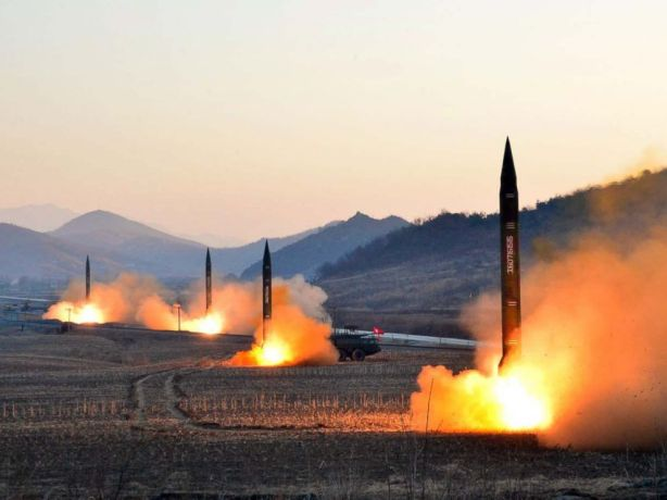 gty-north-korea-missile-launch-04-jc-170307_4x3_992