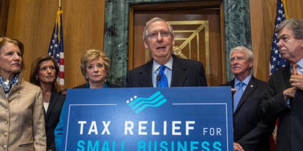 GOP-tax-1512151821-e1512154457111-article-header