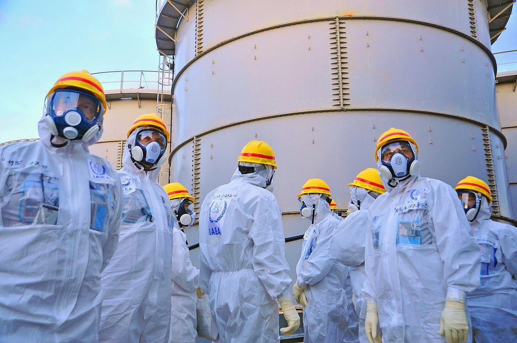 fukushima_waterstoragetanks1.jpg