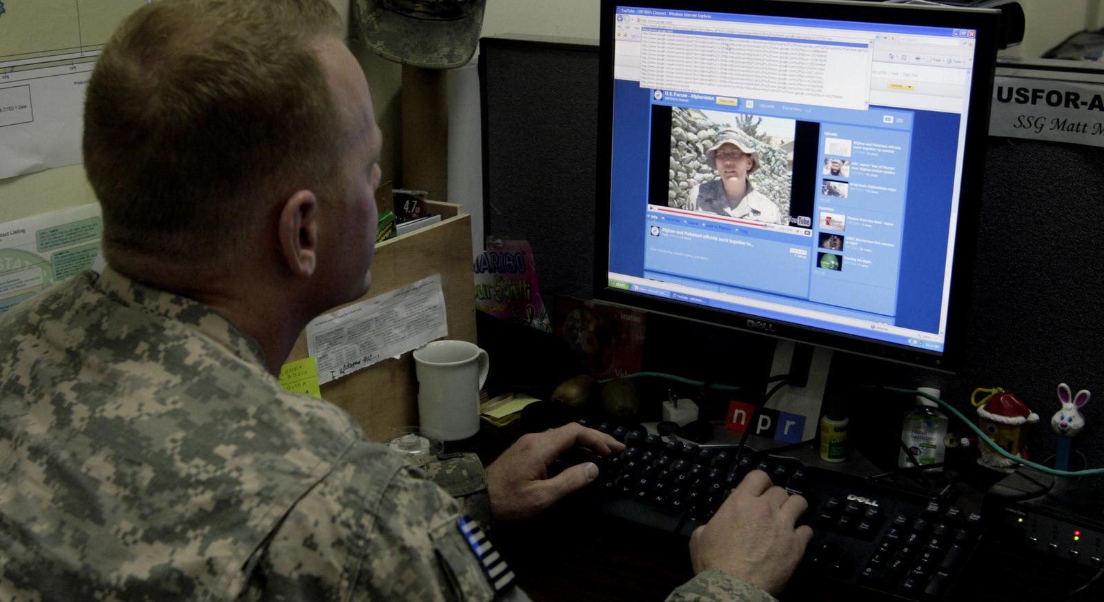 Afghanistan Tweeting Military