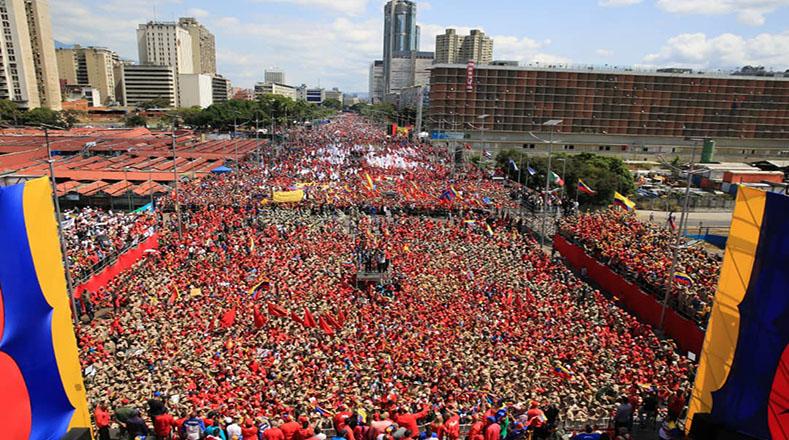 Bolivarian-Crowd.jpg