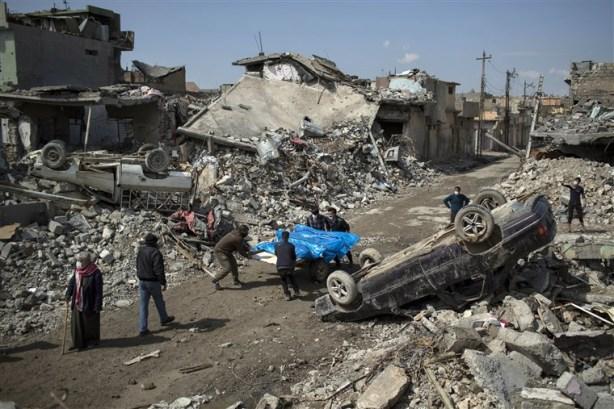 170525-mosul-airstrike-aftermath-se-151p_67485bac76b52fa556085f912021410e.fit-760w